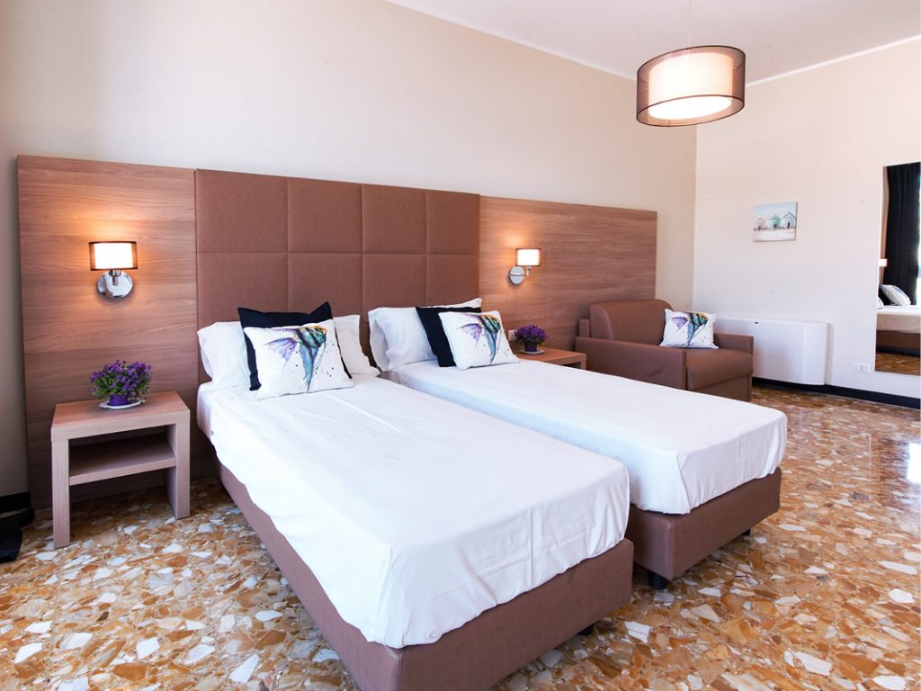 vendita arredamento hotel